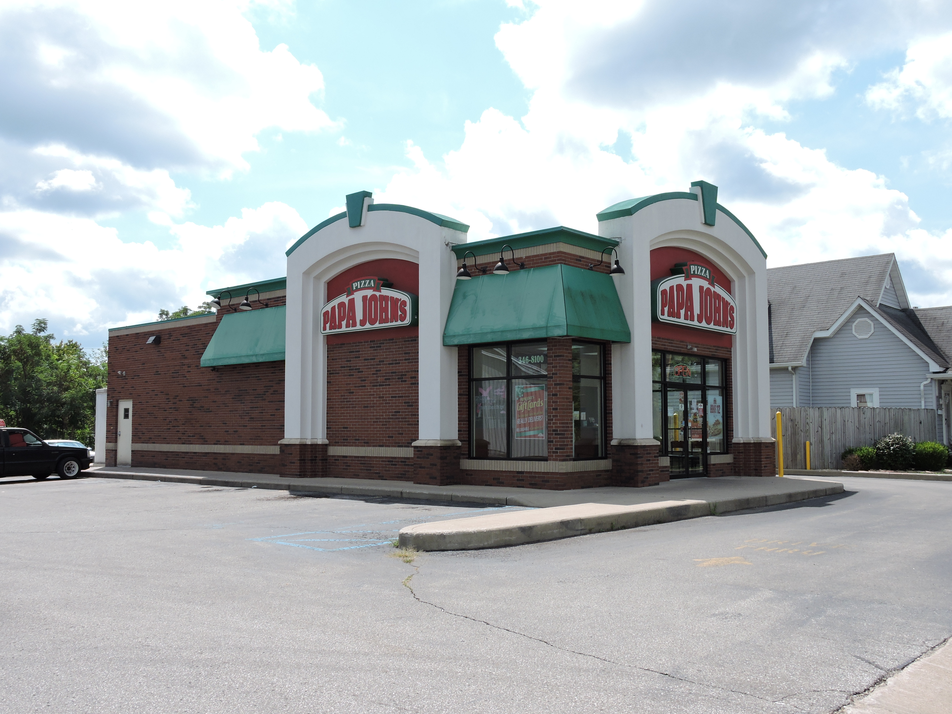 Papa John's- Salem, Indiana- investment property-crowdfunding real estate